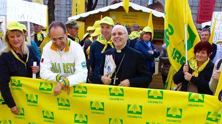 Galantino, vescovo risicoltore: tenere presente fatica degli agricoltori
