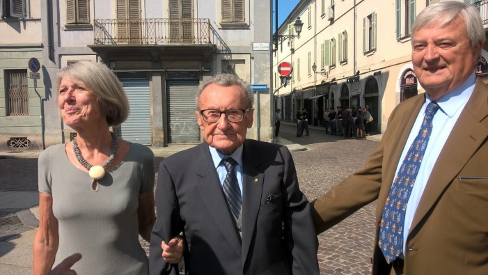 """Renzo Franzo, 103 anni: """"Li festeggio con il risotto italiano"""""""