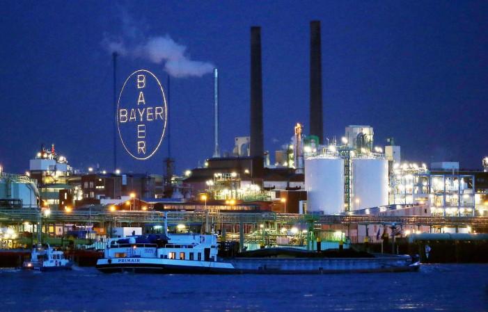 """Fusione Bayer-Monsanto. Slow Food: """"Rischi per gli agricoltori"""""""
