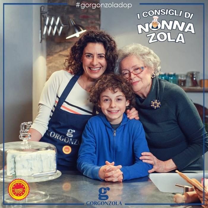 La mission di Nonna Zola per promuovere il gorgonzola