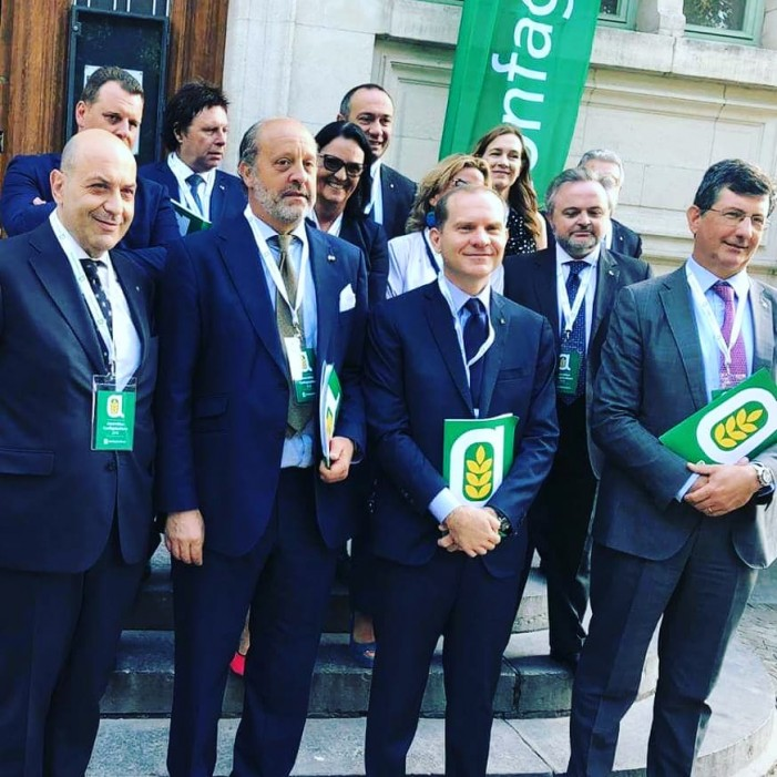 Tajani all'assemblea Confagricoltura: una web tax per finanziare la Pac