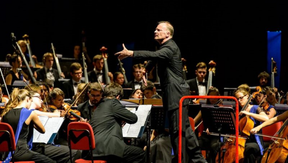 Grande musica con Noseda sul Lago Maggiore