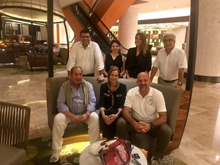 La squadra del riso Venere al congresso mondiale di Singapore
