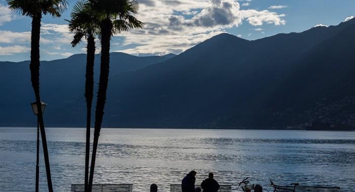 Il Lago Maggiore alza il livello per fare scorta e salvare i campi