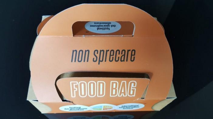 Via al Festival del giornalismo alimentare, petizione per la food bag