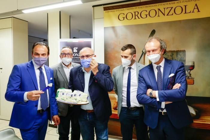 Il Gorgonzola alfiere del Piemonte a Dubai